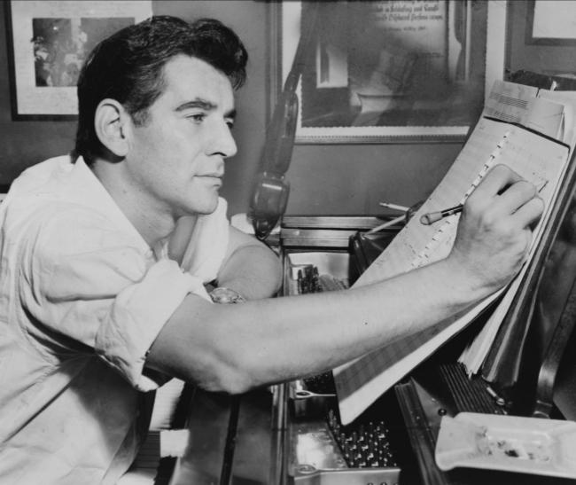 Leonard Bernstein in 1955; Photo: courtesy Library of Congress